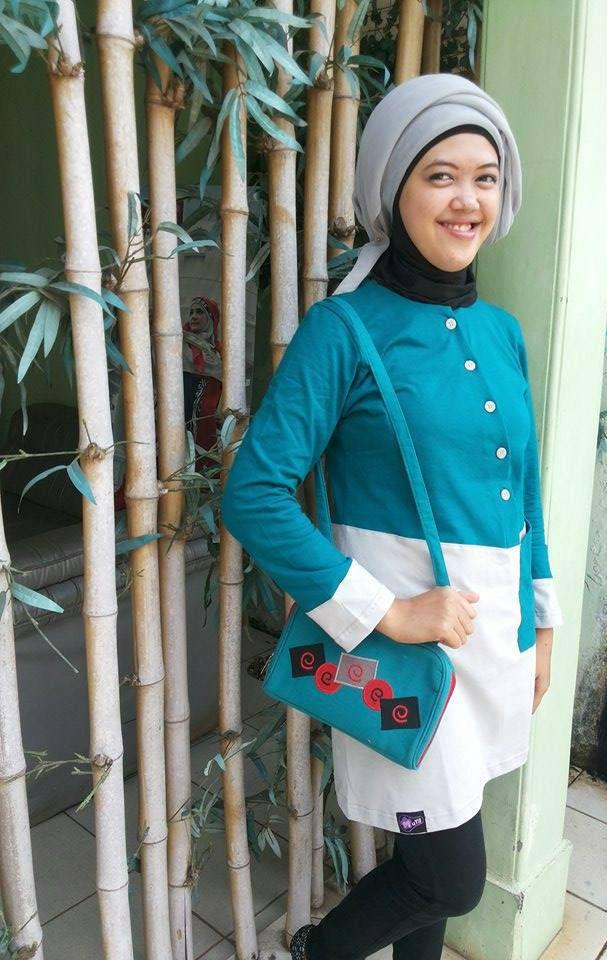 "Foto-foto Rusmiyati; Pondok Benda Indah, #Pamulang, #Tangerang Selatan. Peserta Lomba Foto Mutif 2015 Kategori ""Mutif Fotogenic Contest"" #MutifFotogenicContest #BusanaMuslim #Fashion #FashionMuslim #ModelMutif #FotoModel #MuslimInspiratif #LombaFoto #MuslimahIndonesia"