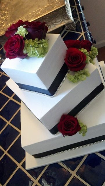 Elegant black white and red square wedding cake