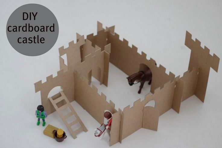 My boys loves knights, riders and Playmobil figures. They don´t have a kingdom or castle for them, so yesterday I decided to build ...