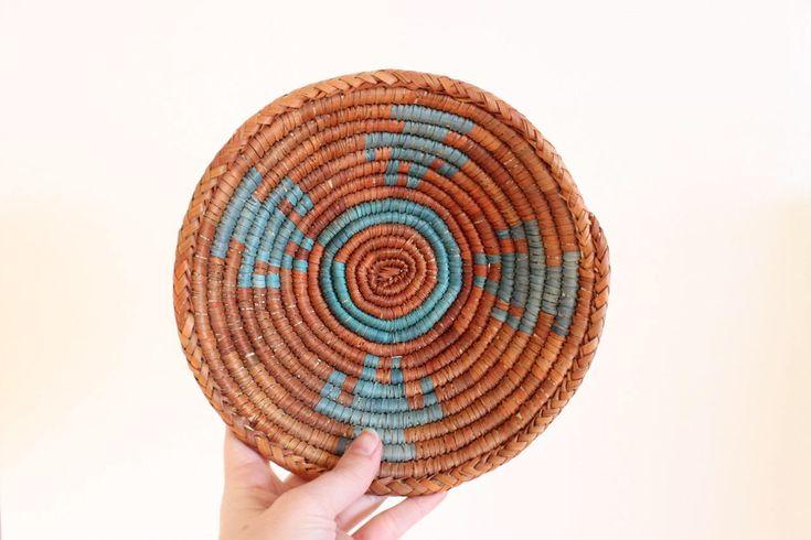 Vintage Southwestern Basket Small Wall Basket Decorative Basket Airplant Holders Boho Home Decor by MirafloresVintage on Etsy https://www.etsy.com/listing/582685977/vintage-southwestern-basket-small-wall