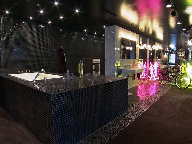 HGTVu0027s Top 10 Designer Bathrooms : Rooms : Home U0026 Garden Television