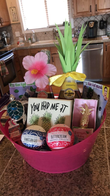 Hawaii themed 21st birthday gift basket.. bath bombs pineapple champagne facemasks turtle #hawaii #giftidea #hawaiiangift