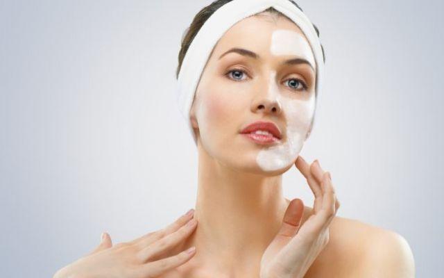 Qualsi sono i rimedi naturali per combattere la pelle secca Se la pelle secca è il vostro cruccio non disperate! Sarà sufficiente ricorrere a dei semplici rime idratazione pelle secca rimedi naturali