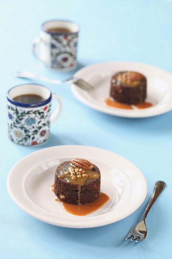 Verdade de sabor: Pecan Brownie with caramel and / Brownies de noz-peçã com caramelo With translator