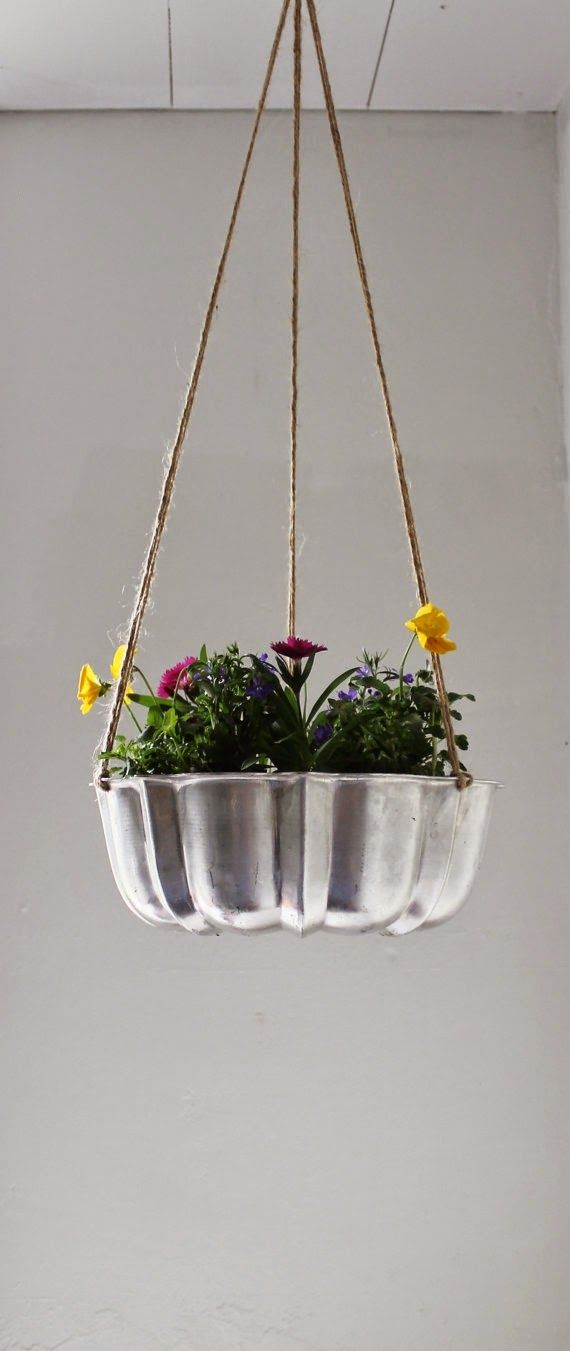 25 Best Gardening Topsy Turvy Wanna Be Images On Pinterest