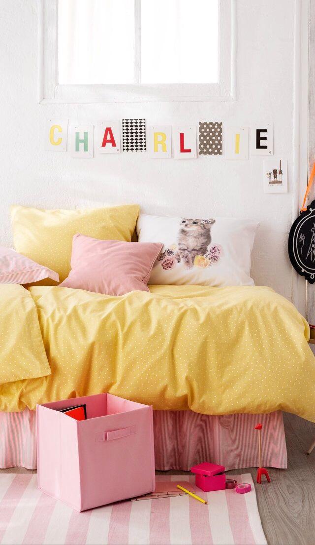 Kinderkamer geel