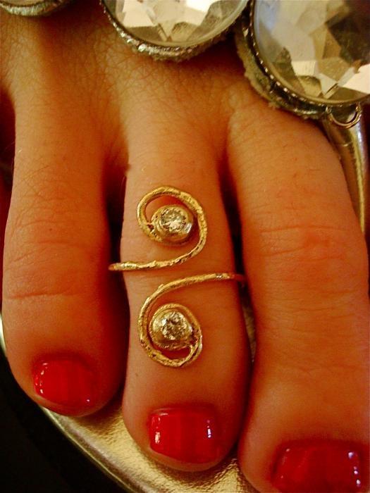 Bronze Adjustable Toe Ring With CZ Diamonds