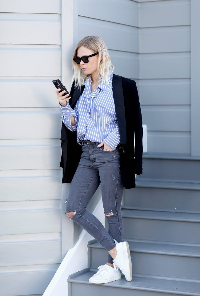 #stripes #shirt #pinstripes #wardrobestaples #styling #style #personalstyling #elishacasagrande