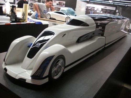 Volvo Skylon – Futuristic Solar-Powered Truck By Nikita Kalinin