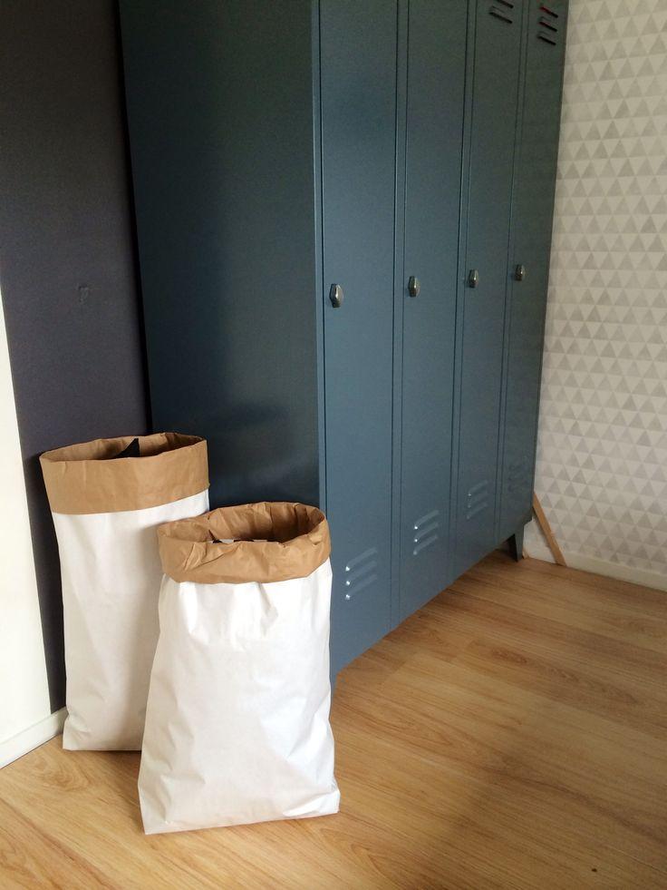 Een heerlijke opgeruimde kinderkamer met deze paperbags. Helemaal naar eigen wens te stylen, zodat deze in elke kinderkamer of babykamer past. KidZstijl.nl