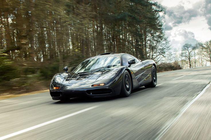 Image for 1998 McLaren F1 iPhone Wallpaper