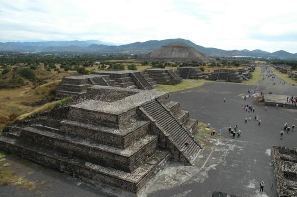 Teotihuacan, Mexico Created in 200 B.C. not too far from Mexico City.: Aztec Ruins, Mexico Fav, Mexico Cities, Favorite Place, Teotihuacan Pyramid, Beauty México, Mexico Rocks, Beauty Destinationsand, Teotihuacan Mexico