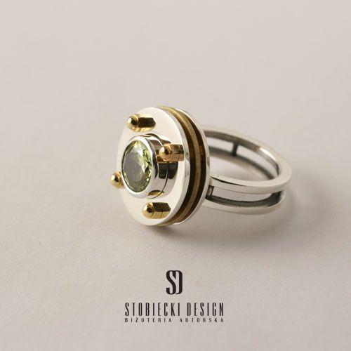 TRIPLETTE - pierścionek srebrno-mosiężny z cyrkonią w kolorze limonki Biżuteria Pierścionki stobieckidesign