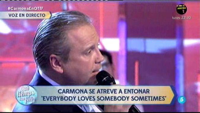 Antonio Miguel Carmona canta como un crooner en ¡Qué tiempo tan feliz!
