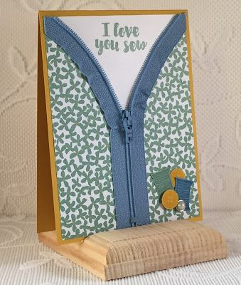 Stampin' Up! Love You Sew Zippered Card. Earn this hostess stamp set by placing a $150 order or hosting a workshop. Debbie Henderson, Debbie's Designs.