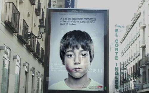 Anúncio tem mensagem antiabuso secreta para crianças http://vinnyamaral.tumblr.com/post/49973200091/anuncio-tem-mensagem-antiabuso-secreta-para-criancas