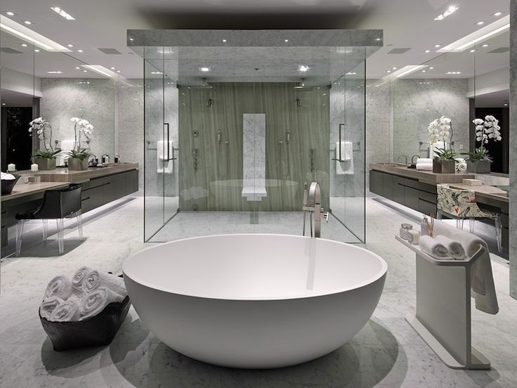 10 Luxury White Master Bathrooms You Will Love To Have Luxurious Master Bathrooms Bath Luxury Master Bathrooms White Master Bathroom Modern Master Bathroom