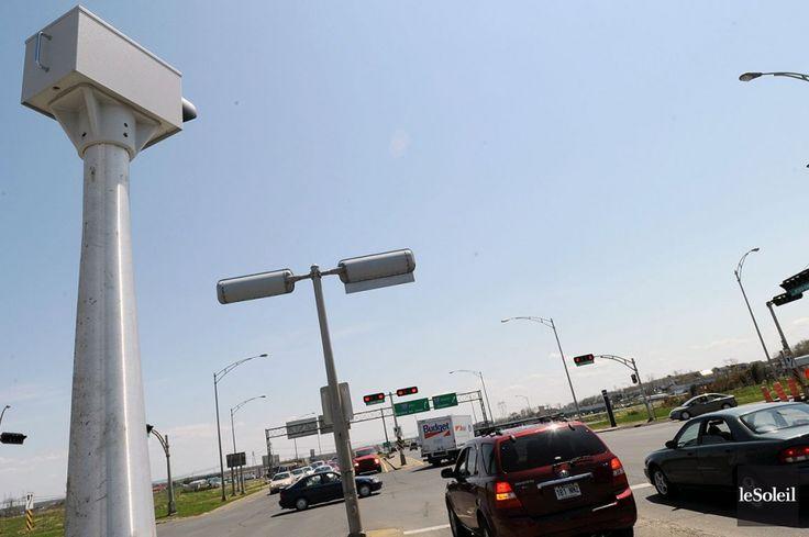Radars photo: CGI remporte à nouveau la mise  (Québec) Les 37 nouveaux radars photo commandés par le gouvernement du Québec coûteront presque 30 millions $. L'entreprise québécoise CGI a remporté le contrat. La première offre de la firme informatique avait pourtant été écartée parce que jugée trop chère.
