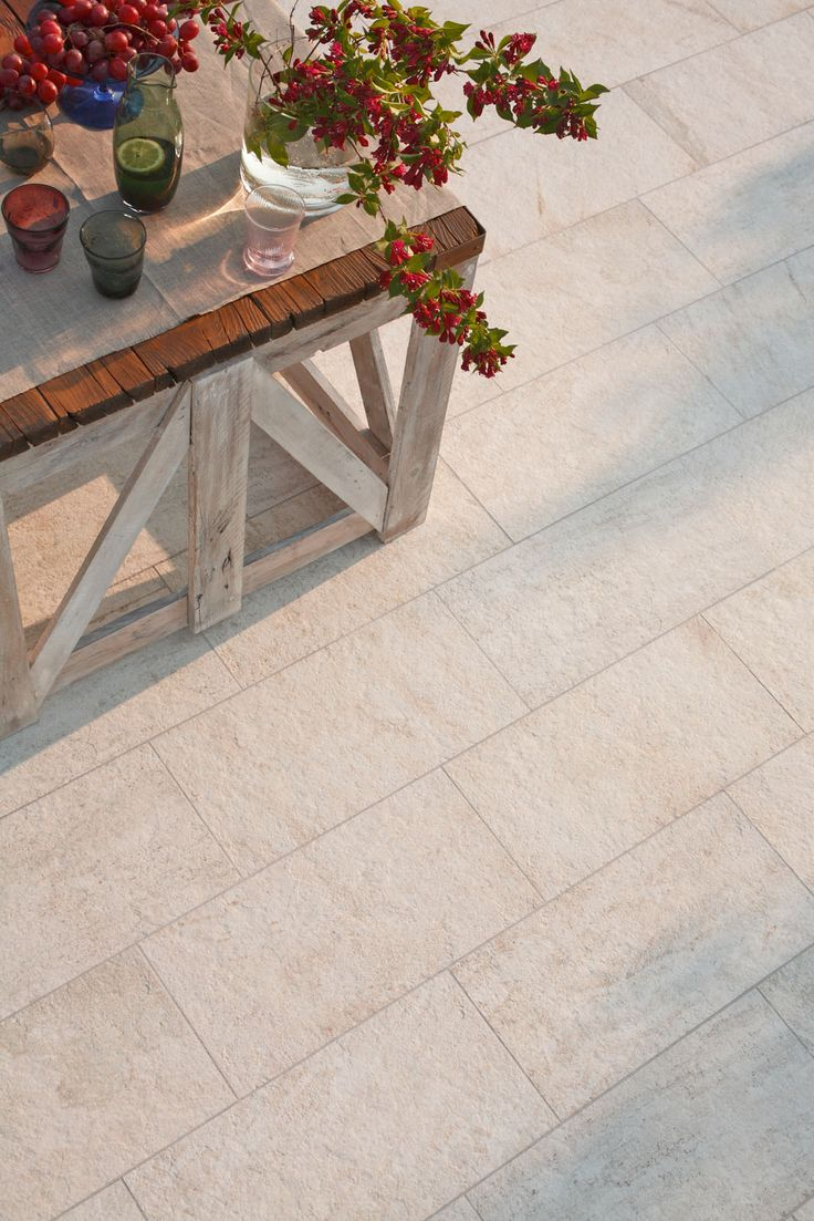 Multiquartz - outdoor flooring tiles #Marazzi #ModenaFliser