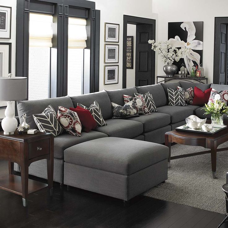 A large space has enough room for a U-shaped sectional. This is beautifully styled