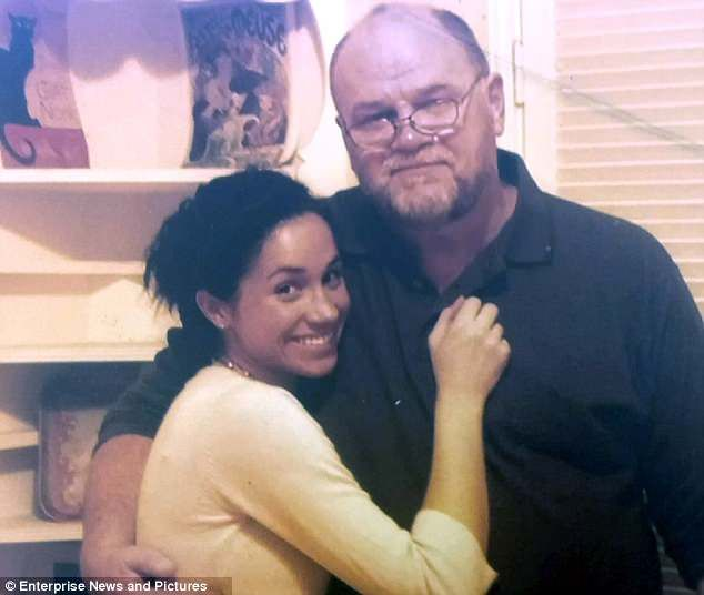 Richard Kay It S The Markle Debacle Part Two Prince Harry And Megan Meghan Markle Dad Prince Harry And Meghan