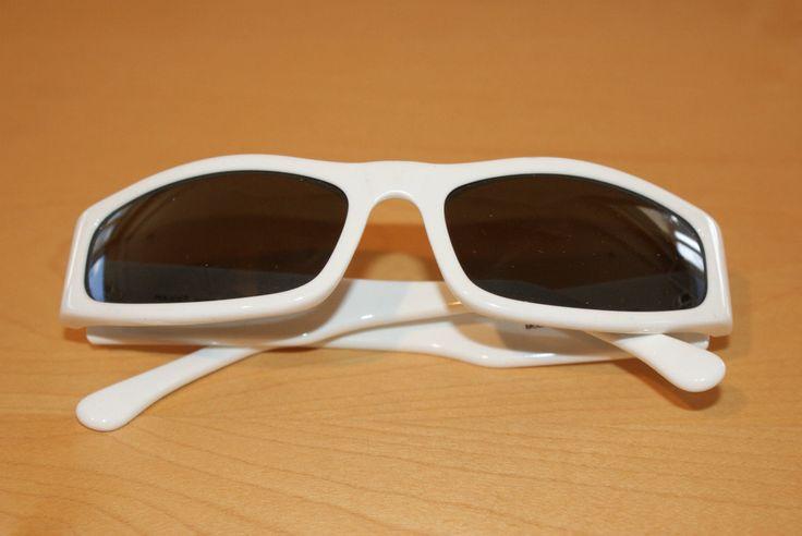 """Total White Vintage Woman Sunglasses Original Cover Perfect """"Police"""" Occhiali da Sole Donna Bianco con Custodia Mod 1237 Col. 847-Perfetti di BeHappieWorld su Etsy"""