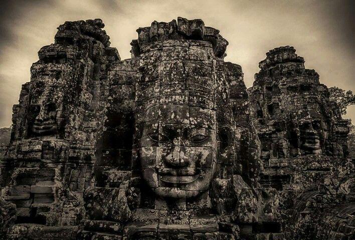 The smile of Cambodia www.i2note.com