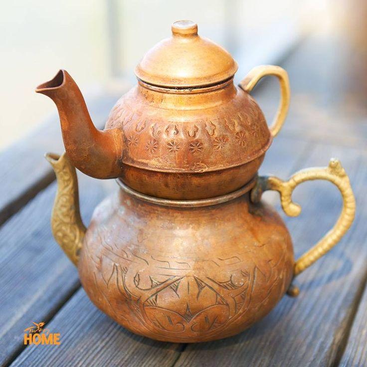 Спосіб приготування традиційного турецького чаю такий: у верхньому чайничку – міцна заварка, а з нижнього додається гаряча вода. #TurkishTea