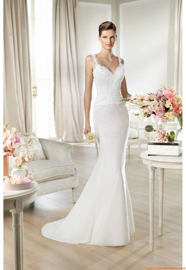 Amazing High quality UK wedding apparel with fast shipping and excellent service makes your wedding perfect and impressive