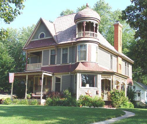 1870s Russian Victorian, Iowa.: Home Tours, Victorian House, Victorian Teas, 1870S Russian, Russian Victorian