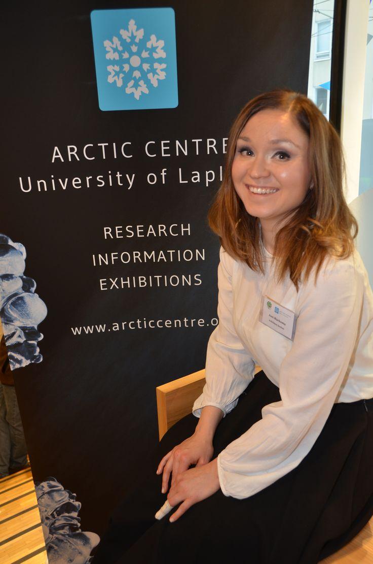Assi Harkoma Arktisesta keskuksesta tutustui Käsivarren paliskunnan porosaamelaisia huolettaviin ympäristökonflikteihin paikan päällä.