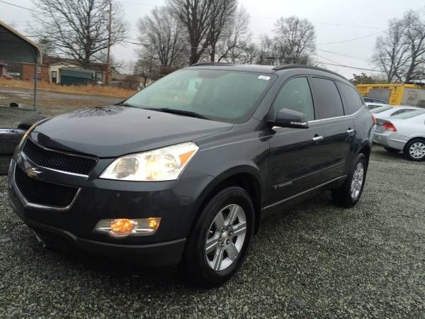09 Chevrolet traverse LT AWD 163k $$$8900