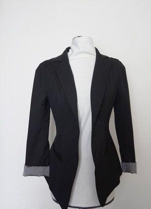 À vendre sur #vintedfrance ! http://www.vinted.fr/mode-femmes/autres-manteaux-and-vestes/26596703-veste-kookai-noire