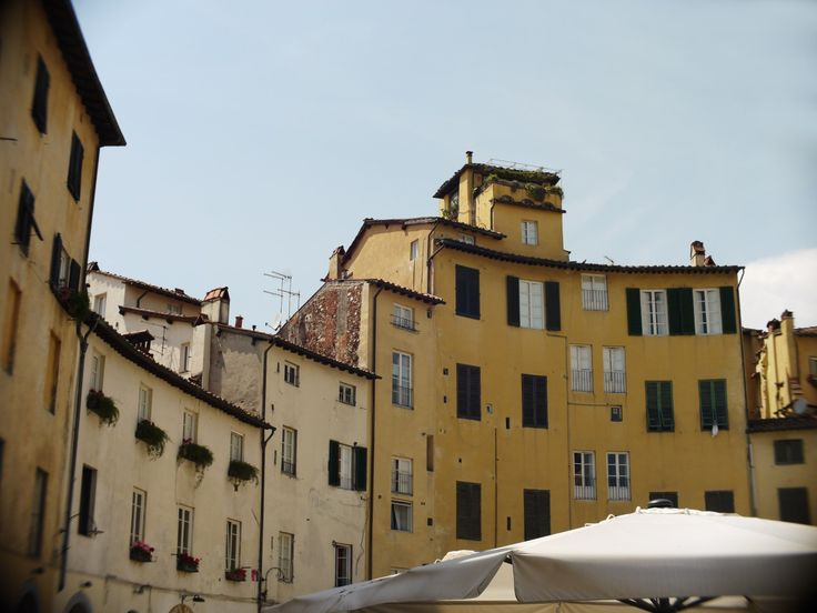 Lucca * Toscane * Italie * bubblej.tumblr.com * All rights reserved