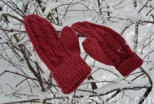 knitting mittens DIY (Мастер-класс Варежки)
