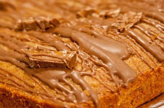 Mars Bar tray bake
