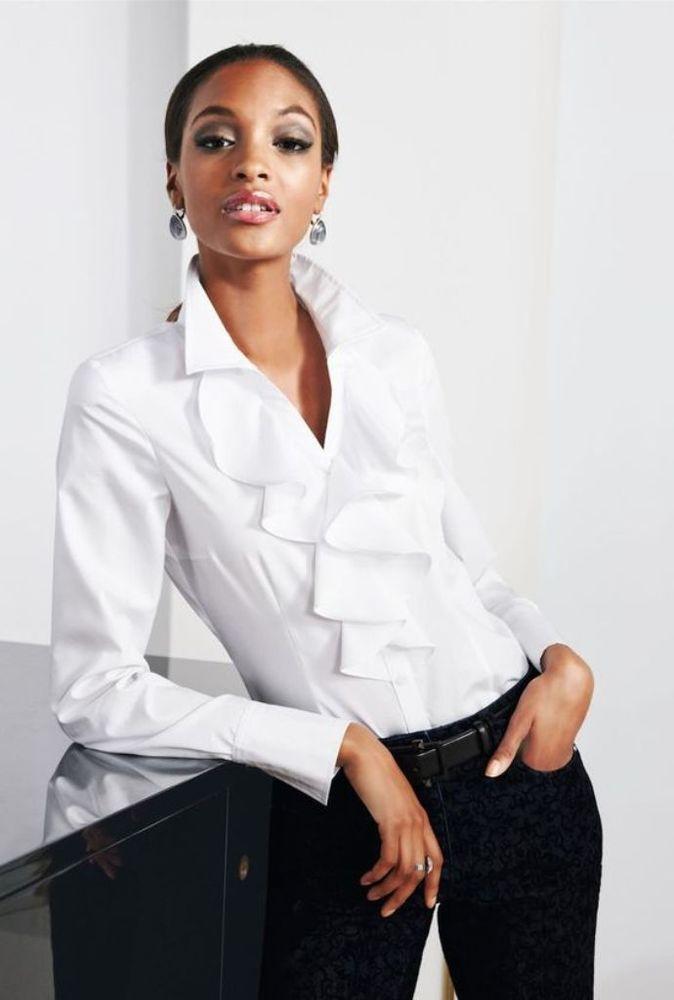 b11e9ab7a45 Белая рубашка в мире моды. Вечная и универсальная классика - Ярмарка  Мастеров - ручная работа