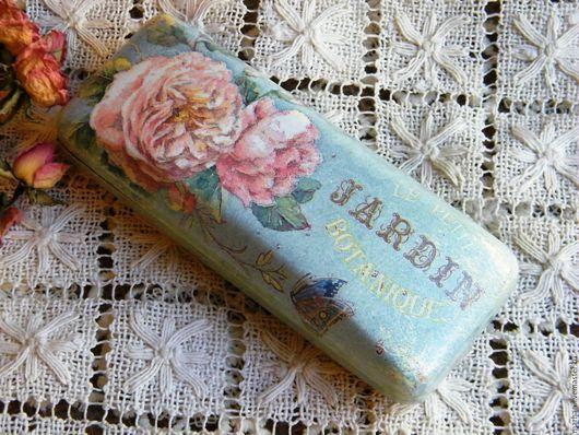 Футляр для очков очечник очешник декупаж голубой купить в Москве недорогой подарок ручной работы на Ярмарке Мастеров женщине девушке