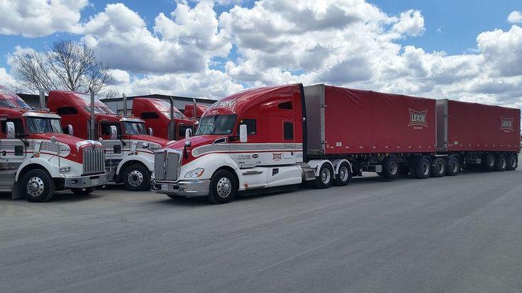 """Los camiones """"KENWORTH"""" y parte de su historia. Subtitled multilingual."""