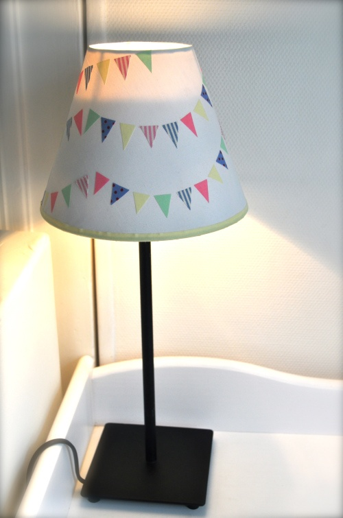 lampe fanions masking tape