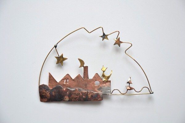 """#전시 #exhibition 리카르도 달리시 - 모두를 위한 디자인 Riccardo Dalisi: Design for All 2015. 9. 30 - 10. 30 수원시미술전시관 Suwon Art Center 4월에 서울 시민청에서 개최되었던 <단순함의 미학: 리카르도 달리시의 지속 가능한 예술> 전시가 #수원미술전시관 에서 새로이 <리카르도 달리시 - 모두를 위한 디자인>이라는 제목으로 9월30일 부터 10월30일까지 개최됩니다. 숨을 쉬고 맥박이 뛰고 움직이는 지속 가능한 #리카르도달리시 의 작품들을 수원미술전시관에서 만나보세요! """"The Beauty of Simplicity: Sustainable Jewelry by Riccardo Dalisi"""" exhibition that was held at the Seoul Citizens Hall of the Seoul Metropolitan Government this past April will be newly held at…"""
