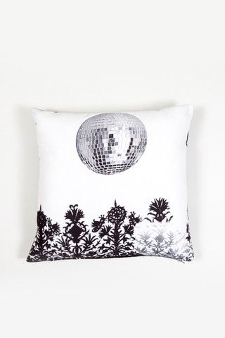 Give a 'discofolk' touch to your home deco.