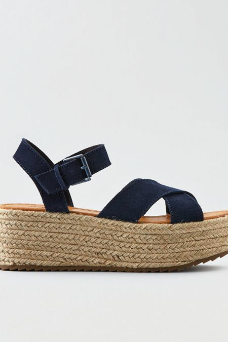 American Eagle Outfitters AE Suede Flatform Sandal on sale $24.97