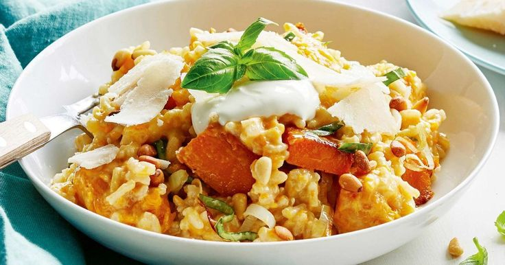 Create a delicious winter warmer with this pumpkin, basil and pine nut risotto.