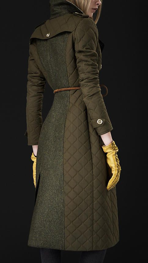 this coat. OMG. sick! go look at it! Burberry does the best coats ever! BLANKET QUILT TRENCH COAT