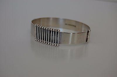 Heikki Kaksonen for Kaunis Koru, Vintage modernist silver cuff bracelet, 1962. #Finland #KaunisKoru