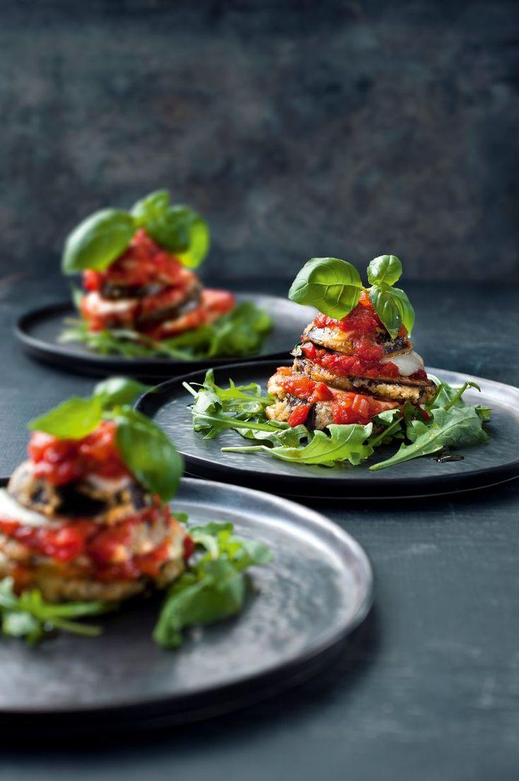 Lasagnetorentje van aubergine  https://njam.tv/recepten/lasagnetorentje-van-aubergine