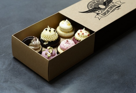 Cupcake Central custom cupcake packaging gift box