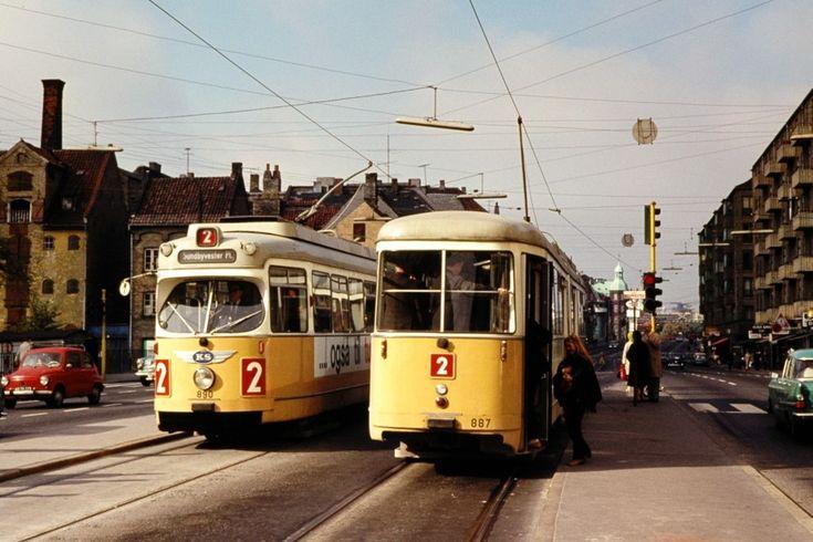 KS 890 og 887 på Christianshavns Torv, København