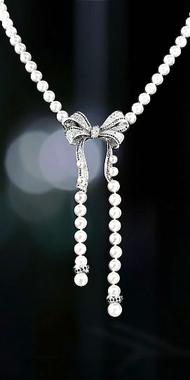 Chanel pearls & diamonds - perfect to go with  something blue!